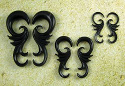 "Organic Black Horn Ornate Viento 12g-3/4"" (Pair) 2mm-19mm"