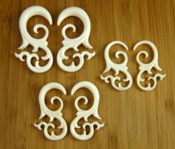 Organic Bone Ornate Ariel 12g-0g (Pair) 2mm-8mm